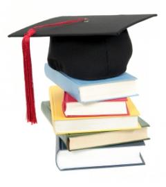 مناظرة بالملفات للطلبة الذين استوفوا حقهم في التسجيل