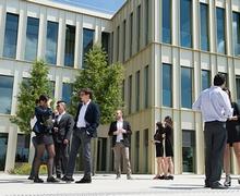 مناظرات الدخول إلى المدارس العليا الهندسية والتجارية بف...