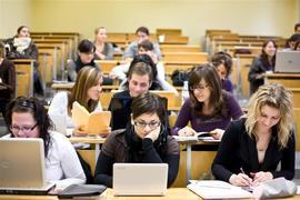 La Suisse offre des bourses d'études pour 2013-2014